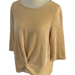 Anthropologie W5 Twist Front 3/4 Sleeve Top